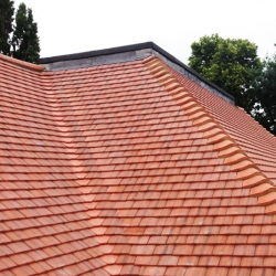 Tiled Roof 9RT